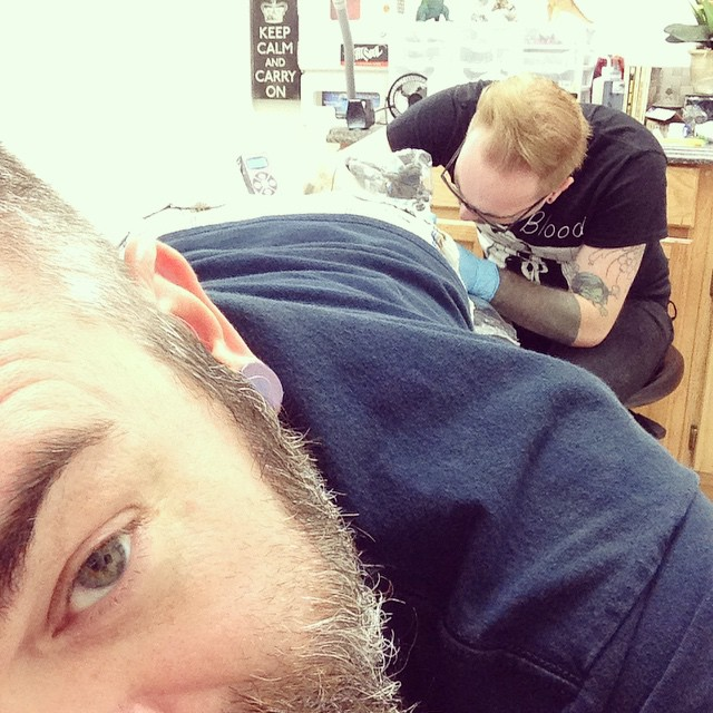 Getting some ink from @paintitmatteblack. Of course, there's no black in it...