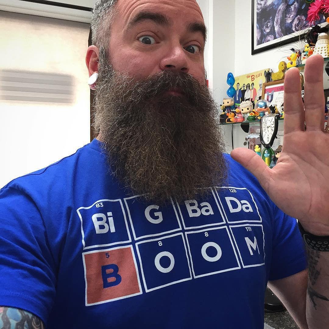 Bada boom... yes, bada boom... big bada boom big!