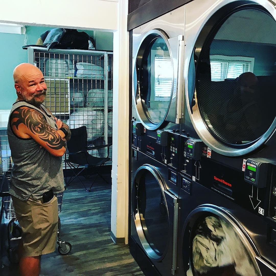 And sometimes we do laundry when we travel. #driveabout2017 #day8
