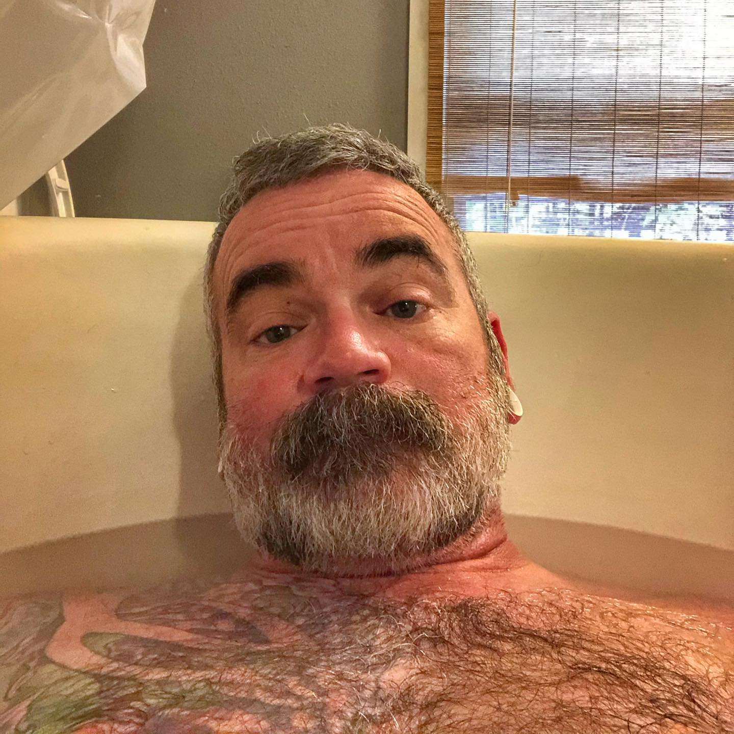 In the 18 years I've lived in this house, this is the first I've ever used the tub to soak. That's what I get for actually using my muscles. #gettingoldersucks