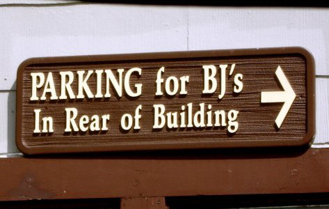 parking for bj's in rear of building